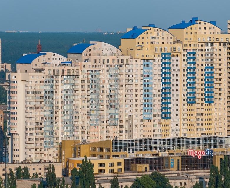 реклама в новостройках Киева на Левом берегу