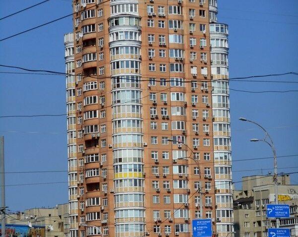 реклама в самых высоких домах Оболони